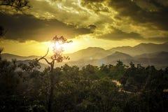 Zmierzch przy Pai jarem w Maehongson Tajlandia Zdjęcia Stock