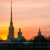 Zmierzch przy Petersburg, Peter i Paul fortecą, obraz royalty free
