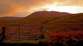 Zmierzch przy Quiraing na wyspie Skye, Szkocja - zdjęcie wideo