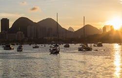 Zmierzch przy urca laguną w Rio De Janeiro fotografia stock