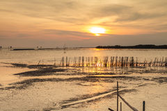 Zmierzch przy wioską rybacką Zdjęcie Royalty Free