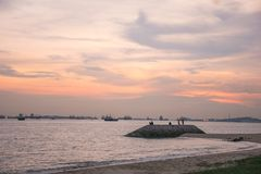 Zmierzch Przy wschodnie wybrzeże parkiem Singapur fotografia stock