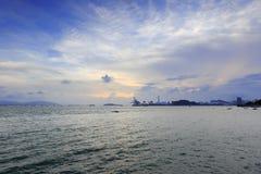 Zmierzch przy zachodnią plażą kulangyu wysepka Zdjęcie Stock