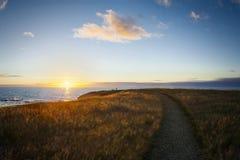Zmierzch przy zielonym punktem, Gros Morne park narodowy Obraz Royalty Free