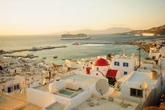 Zmierzch scena wioska port i, Mykonos Zdjęcie Stock