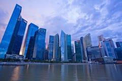 Zmierzch sceny Singapur śródmieście Zdjęcia Stock