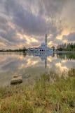 Zmierzch Spławowy meczet jest pierwszy istnym spławowym meczetem w Malezja Obraz Stock
