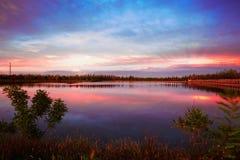 Zmierzch łuna guowu jezioro Obrazy Stock