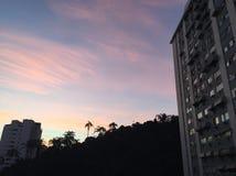 Zmierzch w Brazylia dużym mieście Rio Zdjęcia Royalty Free
