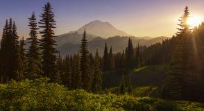 Zmierzch w górach fotografia royalty free