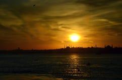 Zmierzch w Istanbuł nad morzem Marmara, Turcja zdjęcia royalty free