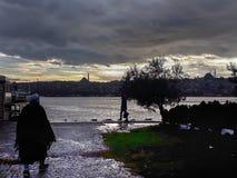 Zmierzch w Kasimpasa Goldenhorn Istanbuł obrazy royalty free