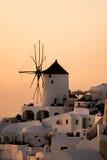 Zmierzch w miasteczku Oia, Santorini, Tira wyspa, Cyclades Zdjęcie Stock
