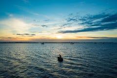 Zmierzch w morzu Fotografia Royalty Free