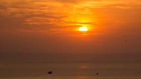 Zmierzch w morzu, Samae San wyspy Obrazy Stock