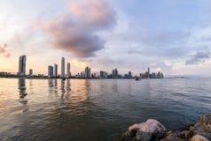 Zmierzch w Panamskim mieście, Panama Zdjęcie Stock