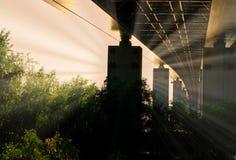 Zmierzchu światło Pod Bridżowym rocznik fotografii strzałem Zdjęcie Stock
