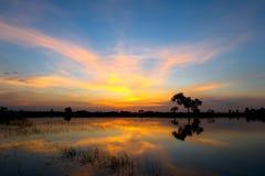 Zmierzchu i chmury niebo Zdjęcia Stock