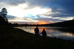 Zmierzchu Jezioro zdjęcie stock