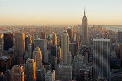 zmierzchu Manhattan drapacze chmur zdjęcie royalty free