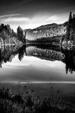 Zmierzchu odbicia Toketee Umpqua Jeziorna rzeka Oregon Obrazy Royalty Free