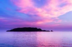 Zmierzchu widok na Sveti Nikola wyspie Zdjęcia Stock