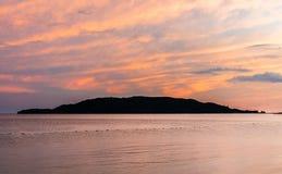 Zmierzchu widok na Sveti Nikola wyspie Fotografia Stock