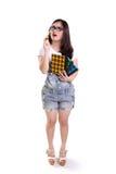 Zmieszana geeky dziewczyna, pełny ciało odizolowywający fotografia stock