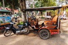 Zmotoryzowany trójkołowiec dla nieść pasażerów Obrazy Stock