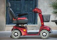 Zmotoryzowany wózka inwalidzkiego samochód Zdjęcie Royalty Free