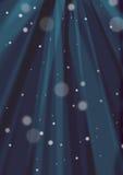 Zmrok - sunburst i śniegu błękitny tło Obrazy Royalty Free