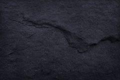 Zmroku czerni łupku popielata tekstura w naturalnym wzorze czarna kamienna ściana fotografia royalty free