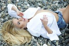 Zmysłowy blondynki kobiety pozować. Obrazy Royalty Free