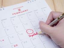 Znacząco data na kalendarzowym biurku 9 zdjęcia stock