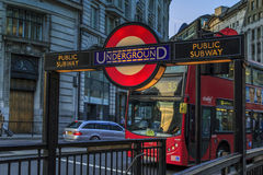Znak Londyński metro Obrazy Royalty Free