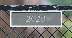 Znak na ogrodzeniu - 2020 Fotografia Royalty Free
