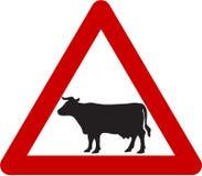 Znak ostrzegawczy z bydłem na drodze Zdjęcie Stock