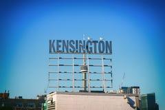 Znak uliczny przy Kensington rynkiem, wyróżniający sąsiedztwo wewnątrz Zdjęcie Stock