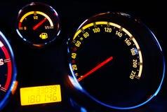 znaki świetlne nocy samochód instrument zespołu orzekającego Obraz Stock