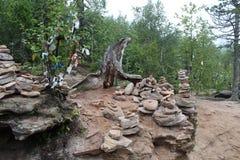 Znaki i symbole w halnym lesie zdjęcie royalty free