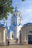 Znamenskykathedraal in de stad van Tyumen op Semakov-Straat royalty-vrije stock fotografie