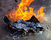 Zniszczenie poufni dokumenty lub nie zdjęcia stock