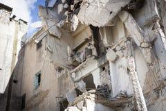 Zniszczony buduje Aleppo. zdjęcia royalty free
