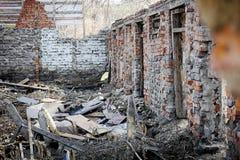 Zniszczony ceglany dom Obraz Stock