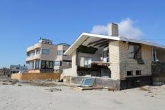 Zniszczony plażowy dom trzy miesiąca Huraganowy Sandy w Dalekim Rockaway póżniej, NY Obrazy Royalty Free
