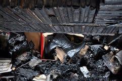 Zniszczony wnętrze dom po ogienia Zdjęcie Royalty Free
