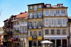 Zoals de typische Portugese huizen en hun voorgevels zijn Stock Fotografie