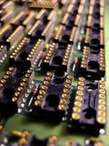 Zoccoli su una scheda di elettronica Fotografie Stock Libere da Diritti