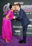 Zoe Saldana en Jeremy Renner stock afbeelding