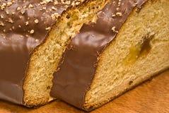 Zoet brood in een chocolade met een jam stock afbeelding